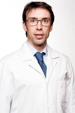 Dr. Thomas Luyckx presenteert op Arthrex Expert Knee Meeting
