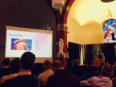 Dr. Muermans zetelt in faculty 4th Practical course Shoulder Surgery