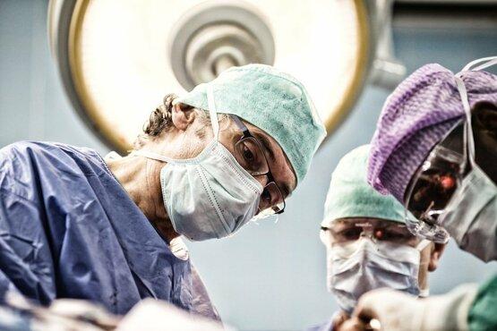 Non-profit organisatie OUAGA van Dr. Jan Noyez steunt zorgverleners in Burkina Faso tijdens Corona crisis