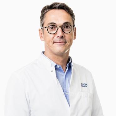 Studie van Dr. Stijn Muermans over de artroscopische behandeling van schouderpeesscheuren gepubliceerd in de International Journal of Shoulder and Elbow Surgery
