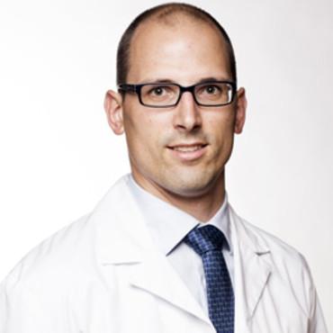 Wetenschappelijk Artikel Rotator Cuff Herstel : Dr. Pieter-Jan De Roo en Dr. Stijn Muermans