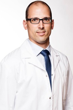 Nieuwe Arts: Dr. Pieter-Jan De Roo : Heupchirurgie en Sportletsels Heup