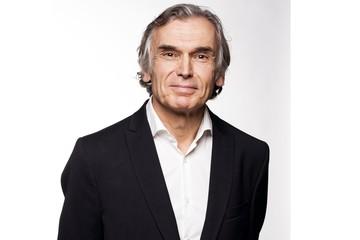 Heup - Dr. Jan Noyez spreekt op 2 internationale en 1 nationaal congres