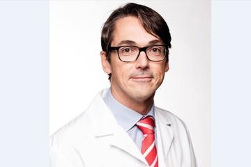 Dr. Stijn Muermans spreekt op schoudersymposium in Plopsaland, De Panne