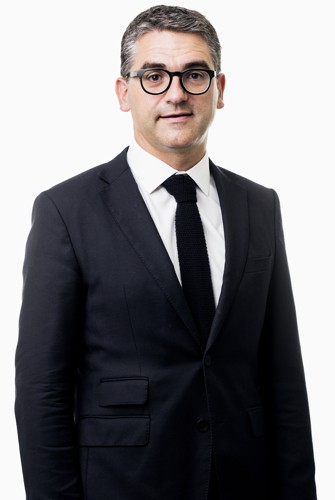 Dr. Arne Decramer
