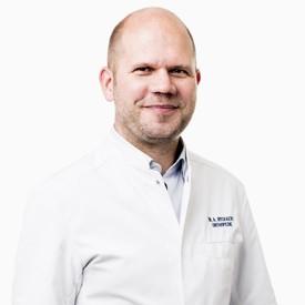 Dr. Alexander Ryckaert - specialization: knee, shoulder - MD at Orthopedie Roeselare - AZ Delta